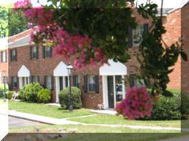 Willamsburg-Jamestowne Apartments