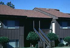 Woodlakes Apartments